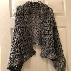 Beautiful Soft and cozy gray Shaw